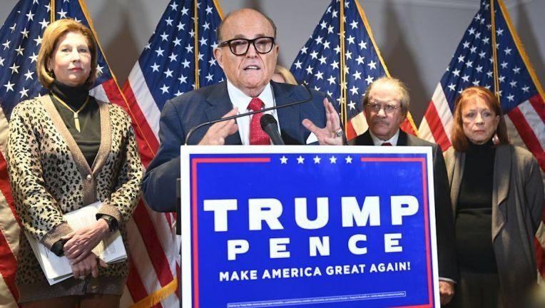 YouTube suspend Rudy Giuliani de publier et de diffuser des allégations de fraude électorale